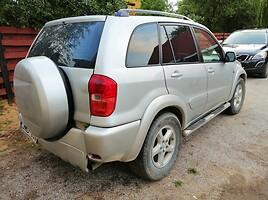 Toyota Rav-4 2003 m dalys