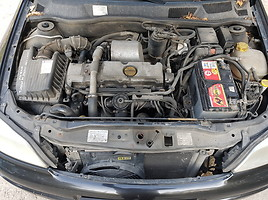 Opel Astra 2000 m dalys