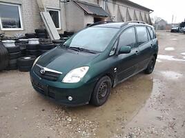Toyota Corolla Verso Vienatūris 2003