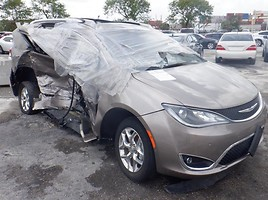 Chrysler Pacifica 2019 m dalys
