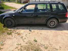 Volkswagen Golf Tdi 2002 m dalys