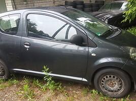 Toyota Aygo I 1.0i 2d pilka 1E0  Hečbekas 2006