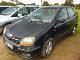 Nissan Almera Tino Vienatūris 2002