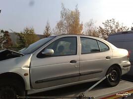 Renault Megane I įvairūs modeliai, 2000m.