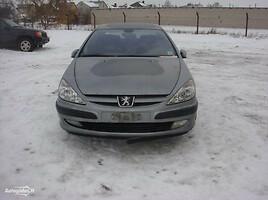 Peugeot 607   Седан