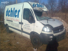 Renault Master III  Commercial auto (with box)