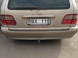 Mercedes-Benz E 220 W210, 2001y.
