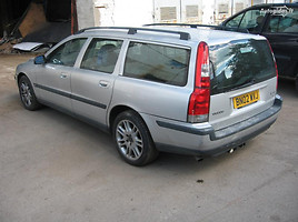 Volvo V70 2002 m. dalys