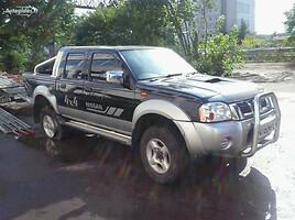 Nissan Navara 2004 m. dalys