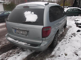 Chrysler Grand Voyager III 2002 г. запчясти