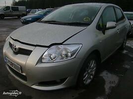 Toyota Auris   Hečbekas