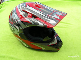 Helmets  MAX 606