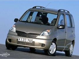 Toyota Yaris Verso Vienatūris 2001