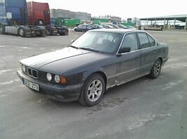 BMW 525 E34 2.5 plyta Sedan