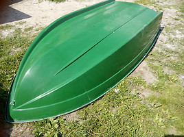 trimaranas kayak / raft