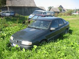 Opel Vectra A  Sedanas