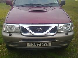 Nissan Terrano   Visureigis