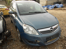 Opel Zafira B 2008 y. parts