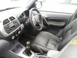 Toyota Rav-4 II 2004 m. dalys