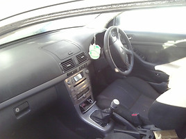 Toyota Avensis II 2006 y. parts