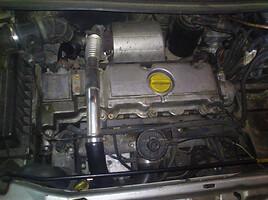 Opel Zafira 60KW 2000 m. dalys