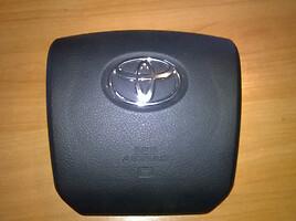 Toyota Land Cruiser VI  SUV