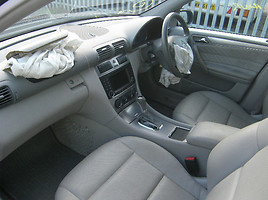 Mercedes-Benz C 220 W203 646 2006 m dalys