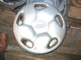 Ford  Wheel caps R15