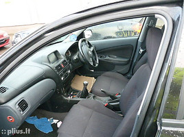 Nissan Almera N16 2001 m dalys