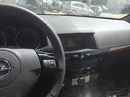 Opel Astra II 2008 y. parts