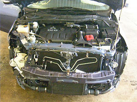 Mitsubishi Grandis 2006 г. запчясти