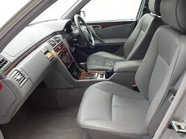 Mercedes-Benz E 320 W210 2000 m dalys