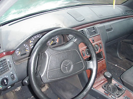 Mercedes-Benz E Klasė 1997 m dalys