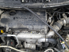 Nissan Almera Tino, 2002m.