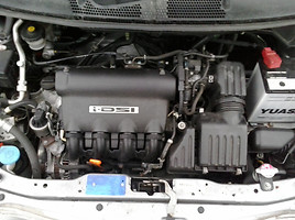 Honda Jazz II 2006 m. dalys