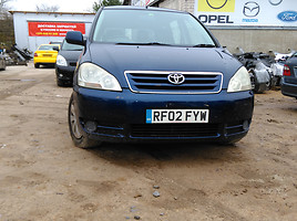 Toyota Avensis Verso 2002 г. запчясти
