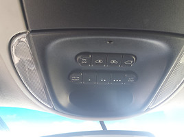 Dodge Grand Caravan 2002 г. запчясти