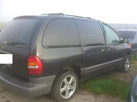 Chrysler Voyager II oda, R16 ratai Van