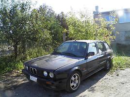 BMW 320 E30