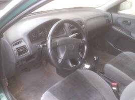 Mazda 626 V 2000 m. dalys