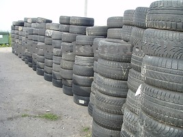 Bridgestone MICHELIN, NOKIAN, kt R18 universalios padangos lengviesiems