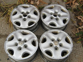 Mazda R14 light alloy rims