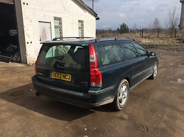 Volvo V70 II T5 GEATRONIC 2003 y. parts