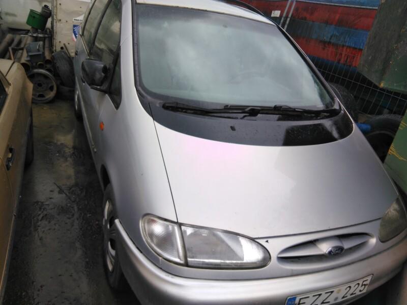 Ford Galaxy 1998 m. dalys