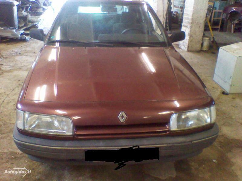 Renault 21 1991 m. dalys