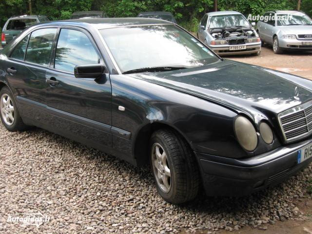 Mercedes-Benz E 250 W210, 1996m.