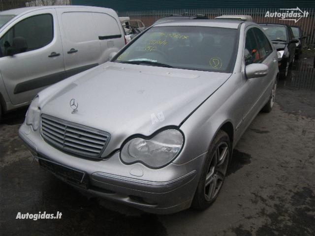 Mercedes-Benz C 200 W203 2002 m. dalys