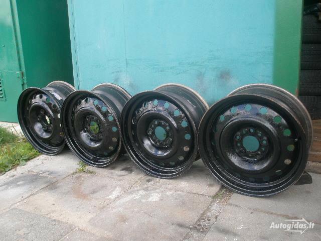 Nissan R15 plieniniai štampuoti ratlankiai