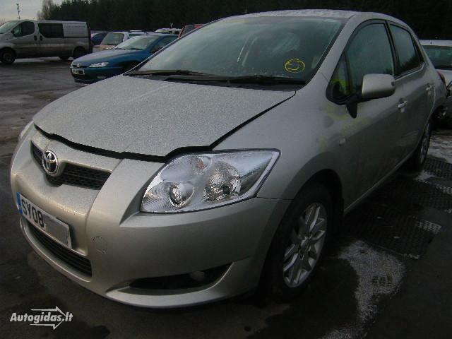 Toyota Auris 2008 m. dalys