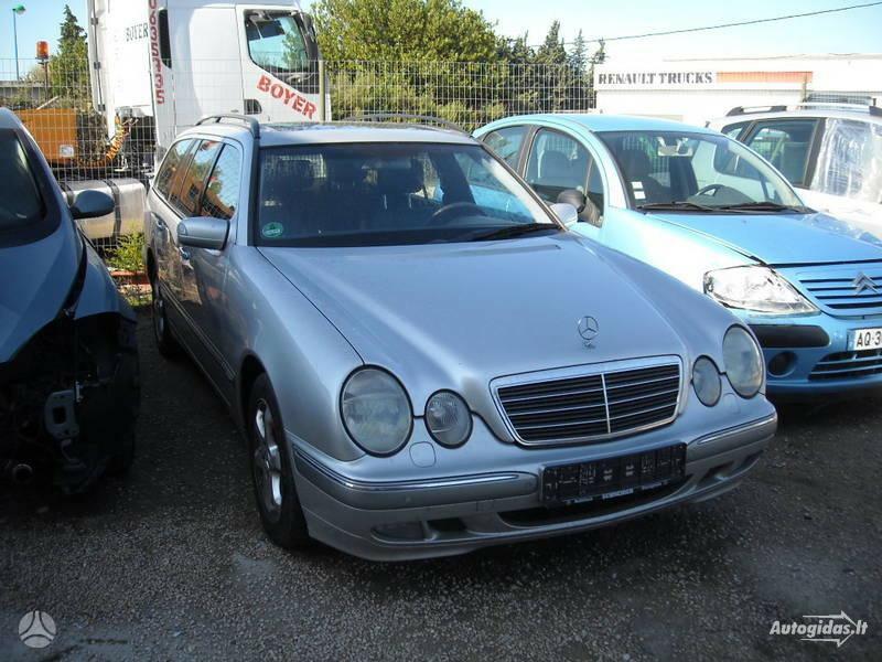Mercedes-Benz E 320 W210 2002 m. dalys